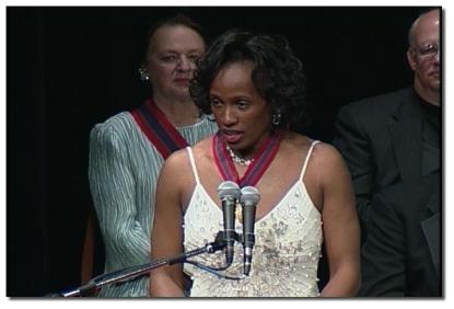 Jackie Joyner-Kersee accepting her Laureate